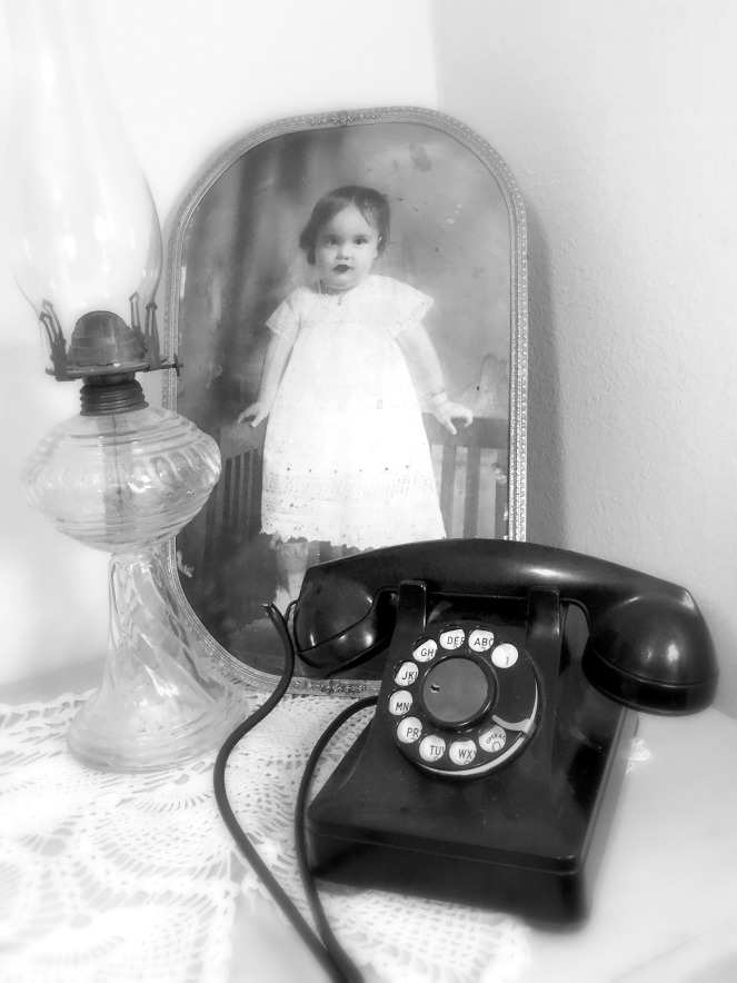 old phone bw